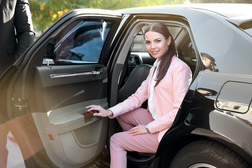 what the best car service from orange county to lax