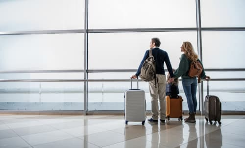 Can a 747 land at John Wayne Airport?